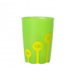 Vaso antideslizante graduado verde y amarillo