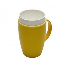 Vaso termico interior cónico facilita la tarea de beber en amarillo
