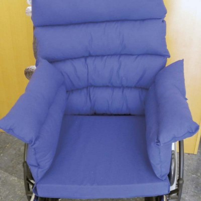 Coj n antiescaras para silla de ruedas comprar coj n for Cojines para sillas walmart
